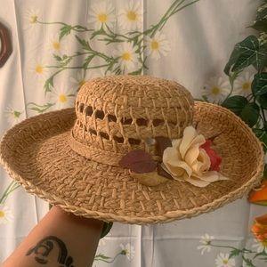 Vintage woven straw granny flower brim sun hat